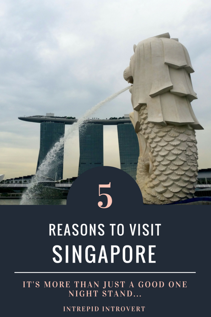Here's the ins and outs as to why you should travel to Singapore... Especially if you're a solo female traveler!