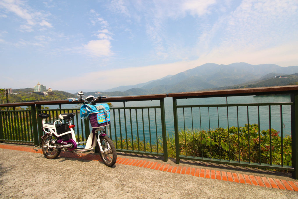 Sun Moon Lake Travel Guide: How long to go for? Where to stay? What to do!? Check out this Sun Moon Lake Travel Guide to help you plan your trip here.